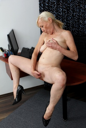 Wife swalow own cum