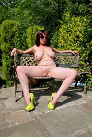 Mature amateurs big nipples spreading big pussy Big Old Saggy Tits Pics Naked Mature Women Sex At All Old Pics Com