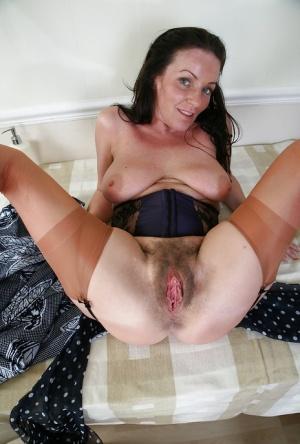 mom bath naked petticote